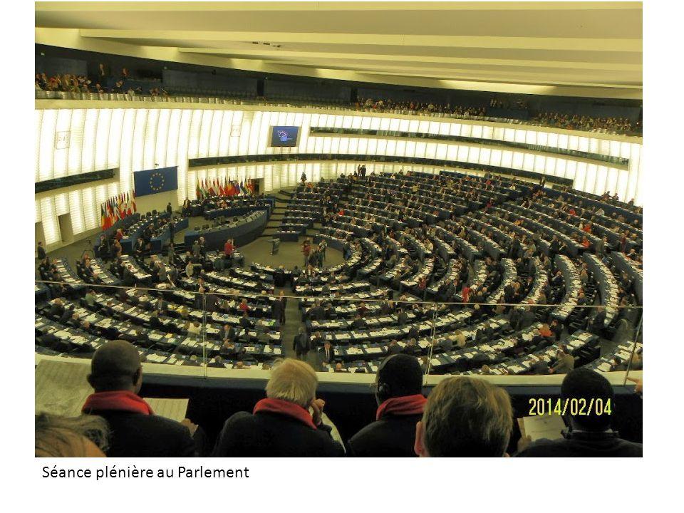 Séance plénière au Parlement