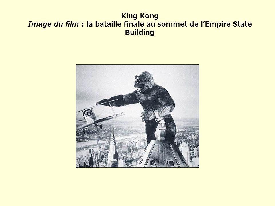 King Kong Image du film : la bataille finale au sommet de l'Empire State Building