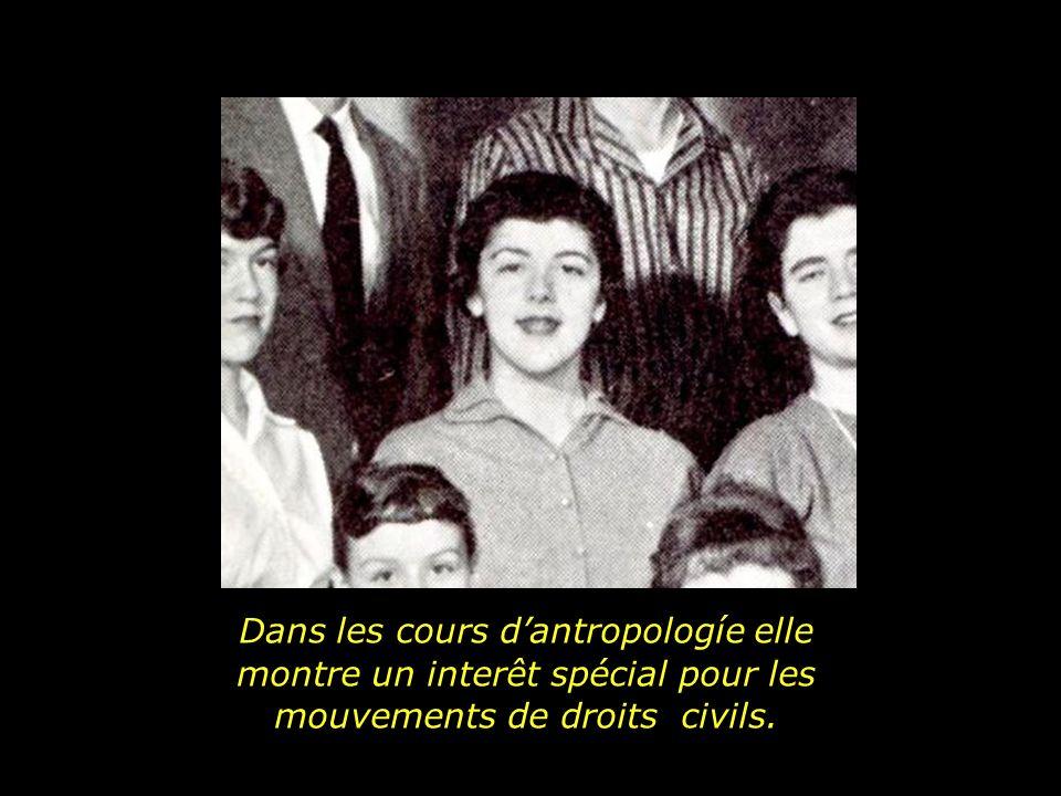 Dans les cours d'antropologíe elle montre un interêt spécial pour les mouvements de droits civils.