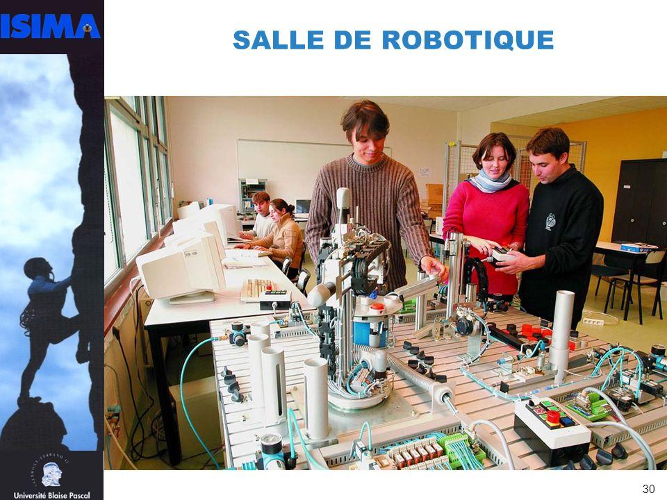 SALLE DE ROBOTIQUE