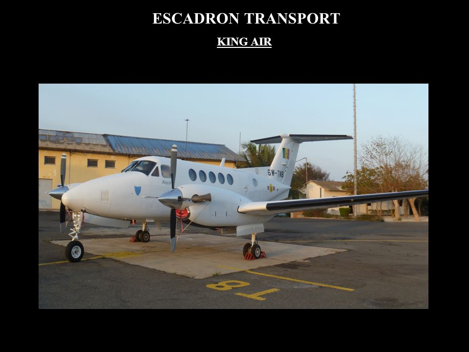 ESCADRON TRANSPORT KING AIR