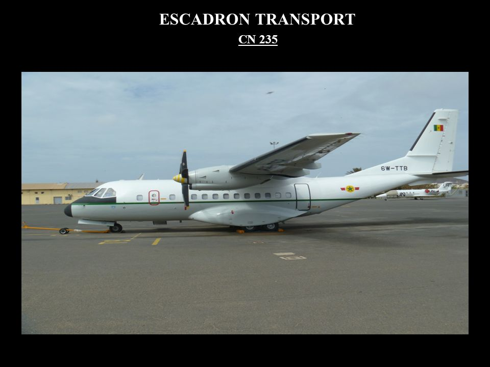 ESCADRON TRANSPORT CN 235