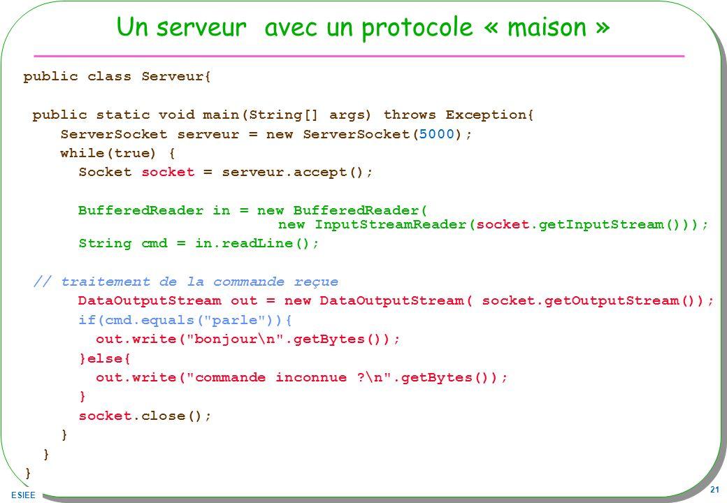 Un serveur avec un protocole « maison »