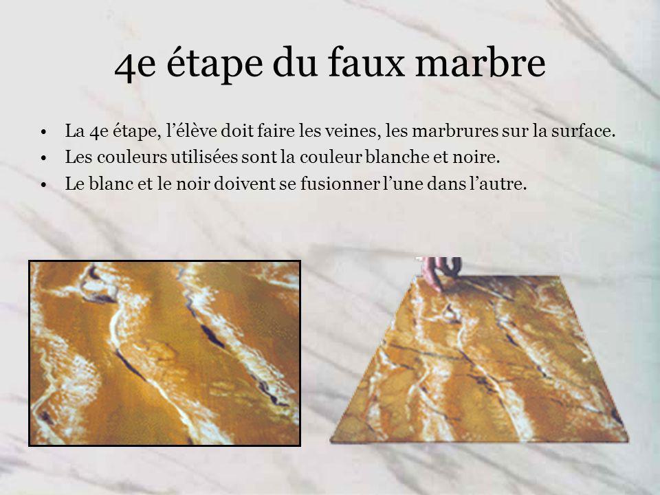 4e étape du faux marbre La 4e étape, l'élève doit faire les veines, les marbrures sur la surface.