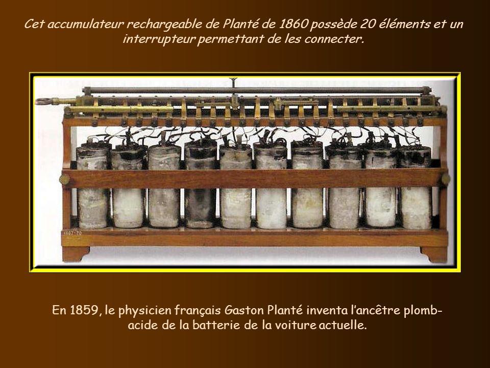 Cet accumulateur rechargeable de Planté de 1860 possède 20 éléments et un interrupteur permettant de les connecter.