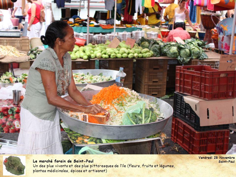  Le marché forain de Saint-Paul