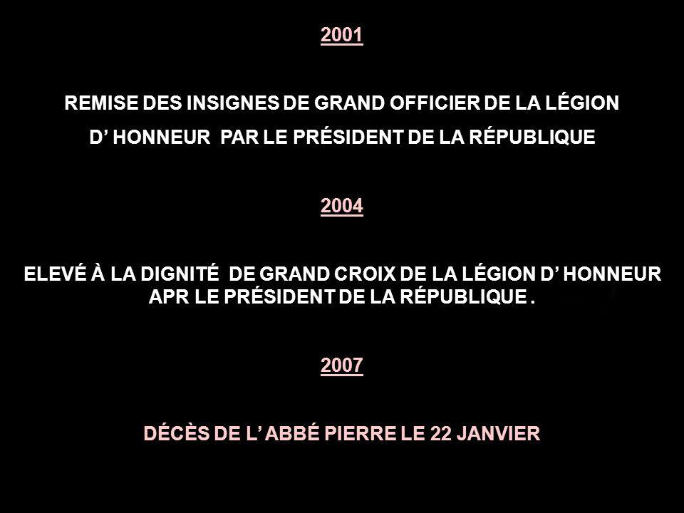 REMISE DES INSIGNES DE GRAND OFFICIER DE LA LÉGION