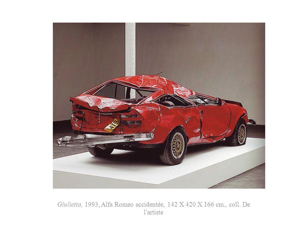 Giulietta, 1993, Alfa Romeo accidentée, 142 X 420 X 166 cm. , coll