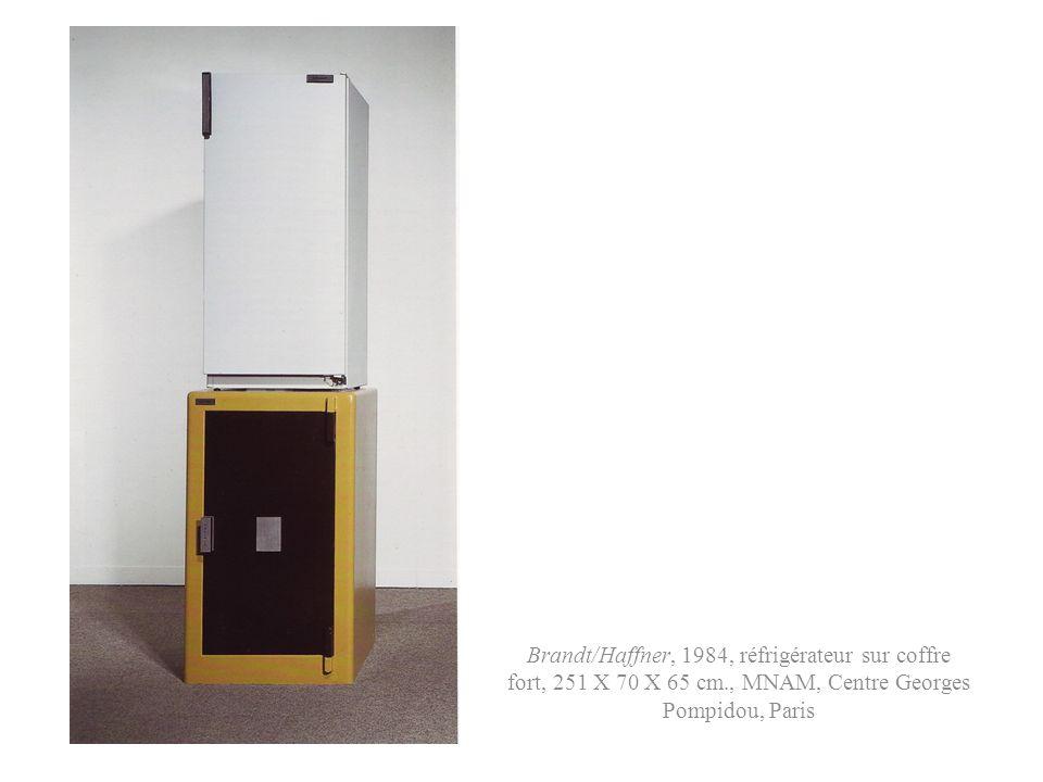Brandt/Haffner, 1984, réfrigérateur sur coffre fort, 251 X 70 X 65 cm
