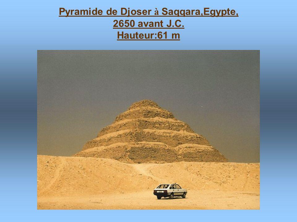 Pyramide de Djoser à Saqqara,Egypte,