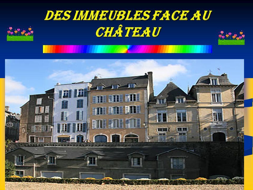 Des Immeubles face au Château