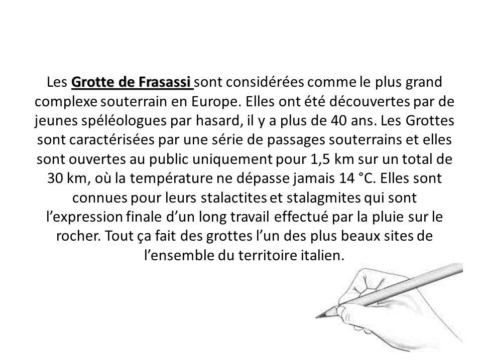 Les Grotte de Frasassi sont considérées comme le plus grand complexe souterrain en Europe.