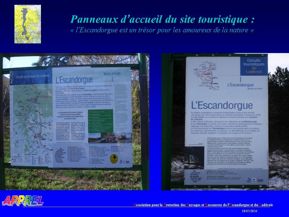 Panneaux d'accueil du site touristique : « l'Escandorgue est un trésor pour les amoureux de la nature »