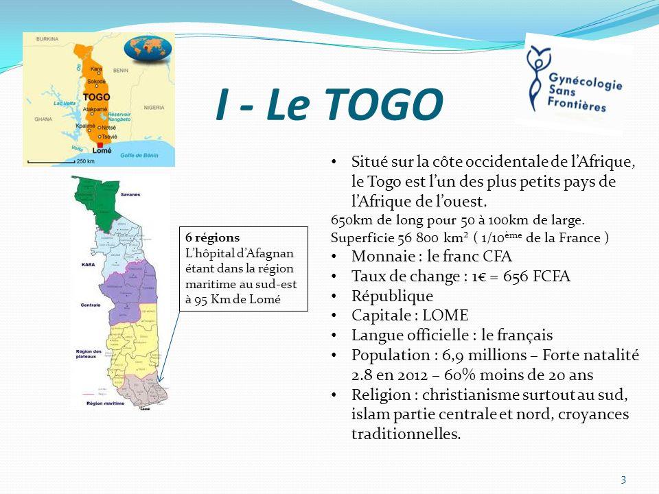 I - Le TOGO Situé sur la côte occidentale de l'Afrique, le Togo est l'un des plus petits pays de l'Afrique de l'ouest.
