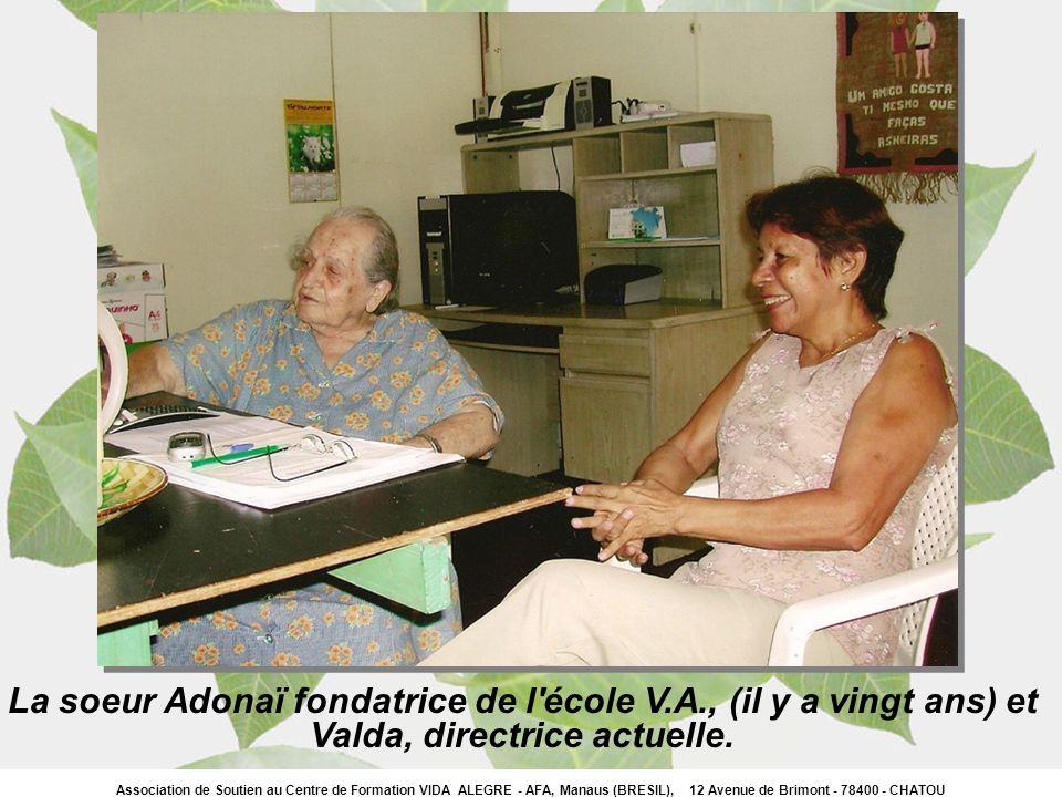 La soeur Adonaï fondatrice de l école V.A., (il y a vingt ans) et