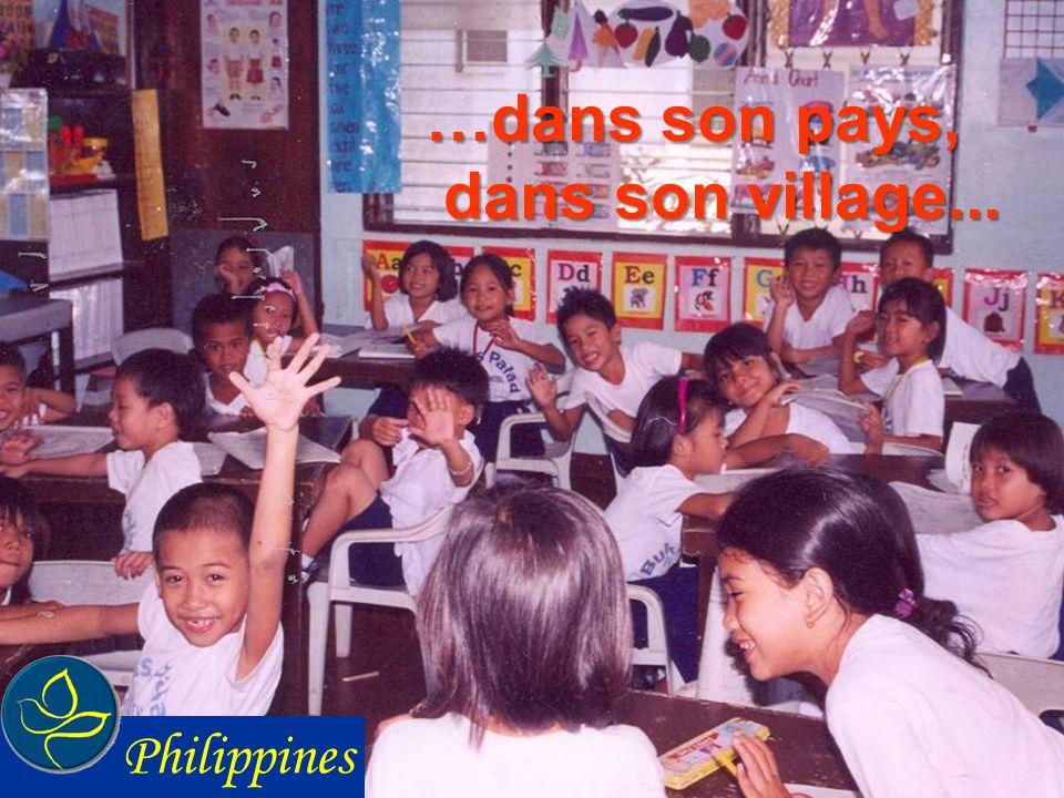 …dans son pays, dans son village... Philippines