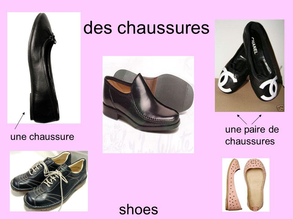 des chaussures une paire de chaussures une chaussure shoes
