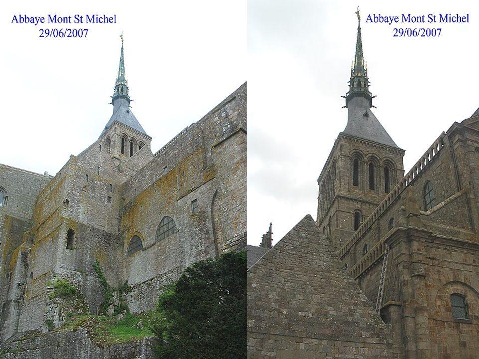 La flèche de l église abbatiale de l abbaye du Mont Saint-Michel,