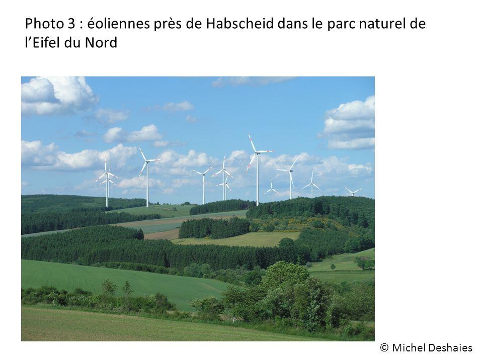Photo 3 : éoliennes près de Habscheid dans le parc naturel de l'Eifel du Nord