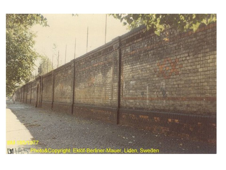 The Wall at Garten Straße. I took this photo when I was in Berlin 1977