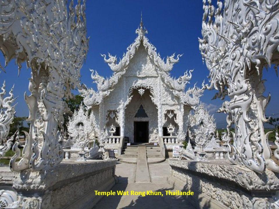 Temple Wat Rong Khun, Thailande