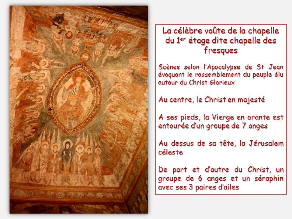 La célèbre voûte de la chapelle du 1er étage dite chapelle des fresques