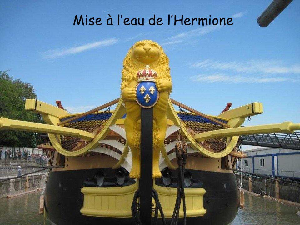 Mise à l'eau de l'Hermione