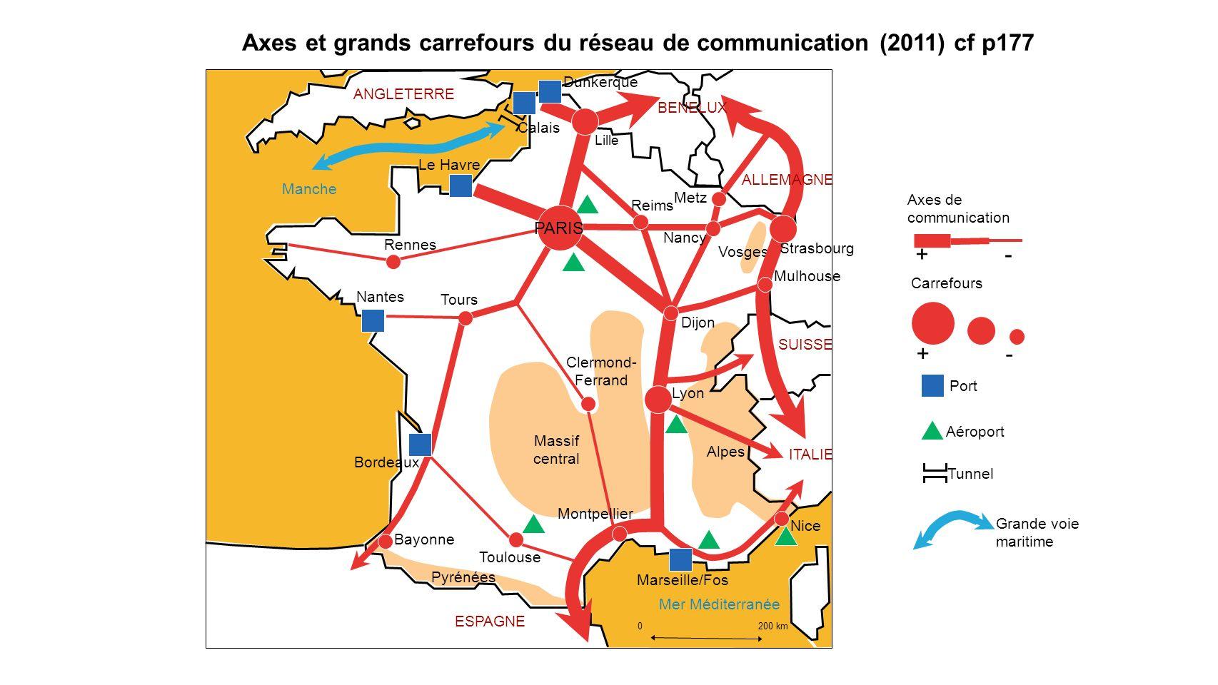Axes et grands carrefours du réseau de communication (2011) cf p177