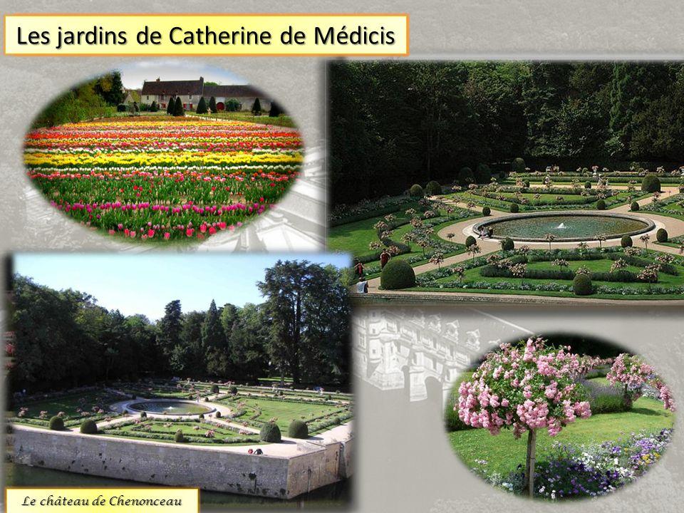 Les jardins du château sont extraordinaires.