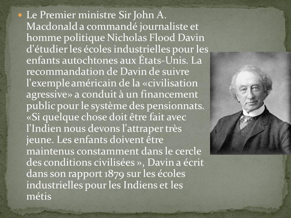 Le Premier ministre Sir John A