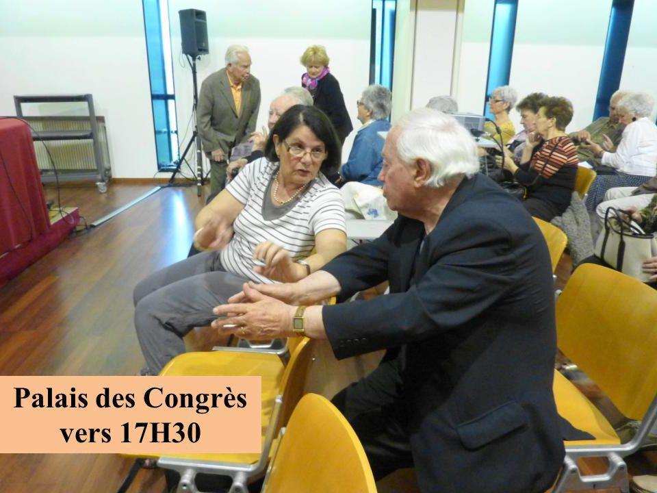 Palais des Congrès vers 17H30