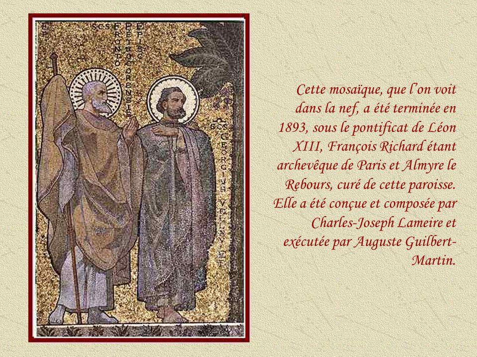 Cette mosaïque, que l'on voit dans la nef, a été terminée en 1893, sous le pontificat de Léon XIII, François Richard étant archevêque de Paris et Almyre le Rebours, curé de cette paroisse.