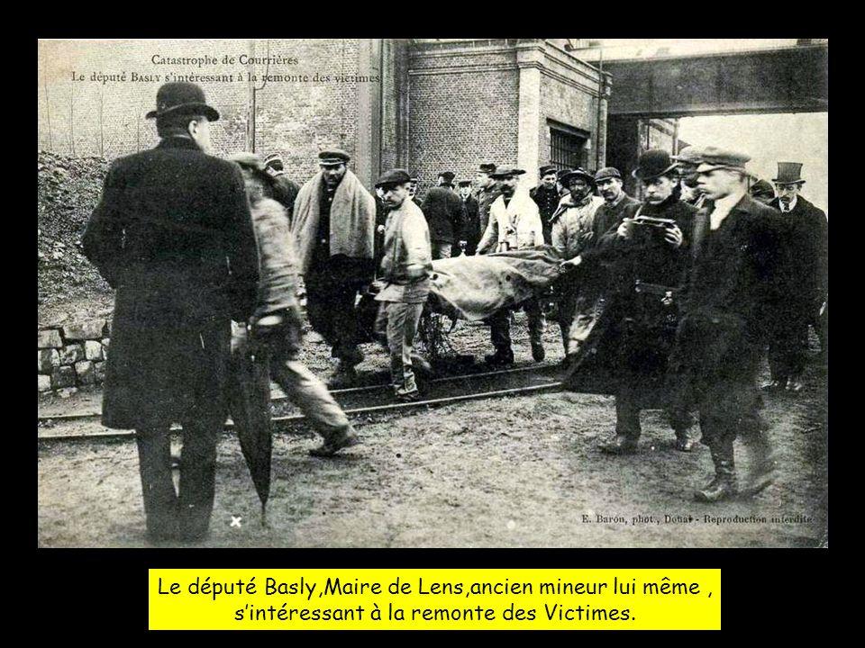 Le député Basly,Maire de Lens,ancien mineur lui même ,