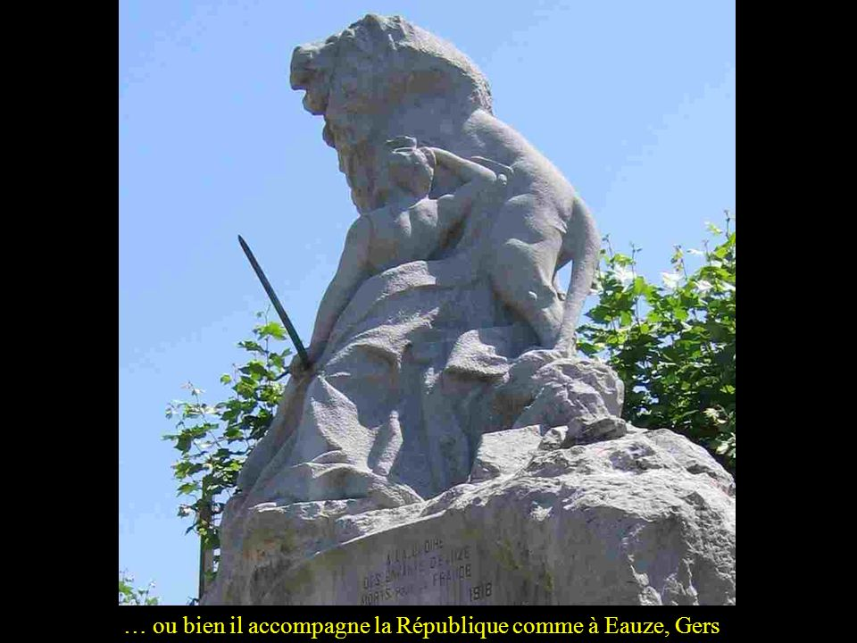 … ou bien il accompagne la République comme à Eauze, Gers