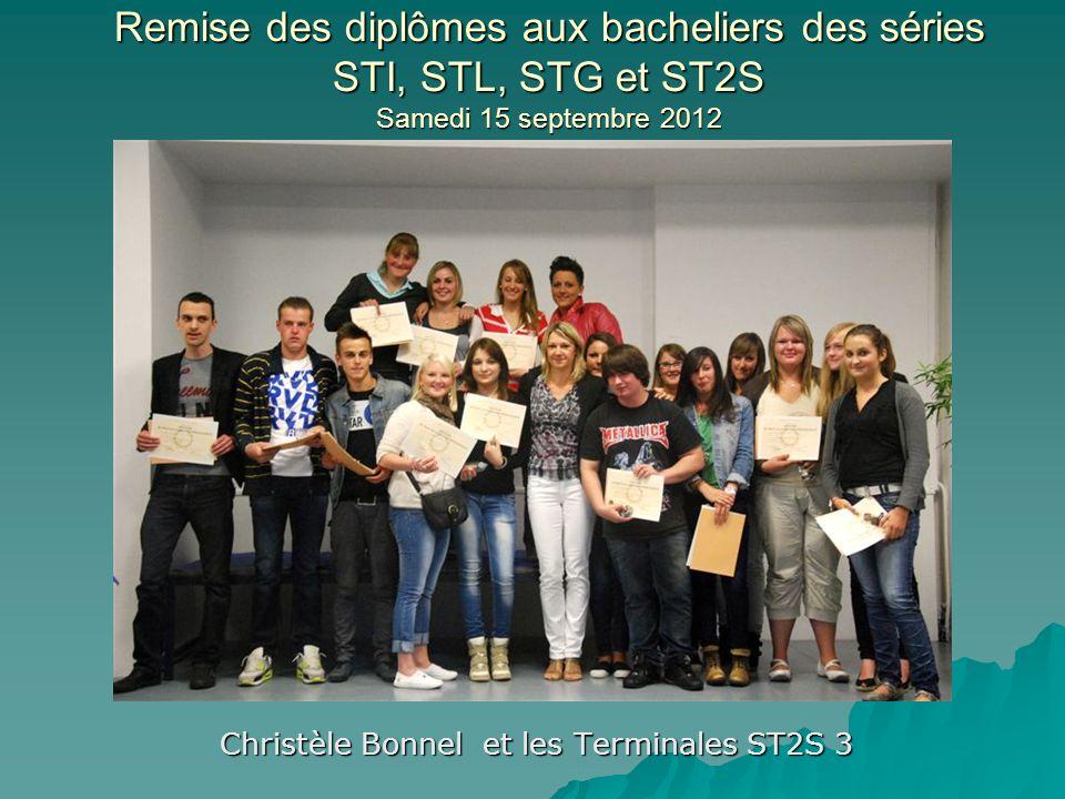 Christèle Bonnel et les Terminales ST2S 3