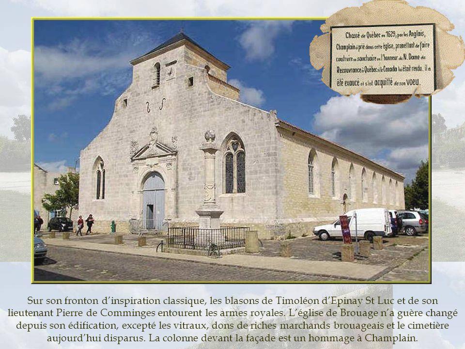 Sur son fronton d'inspiration classique, les blasons de Timoléon d'Epinay St Luc et de son lieutenant Pierre de Comminges entourent les armes royales.