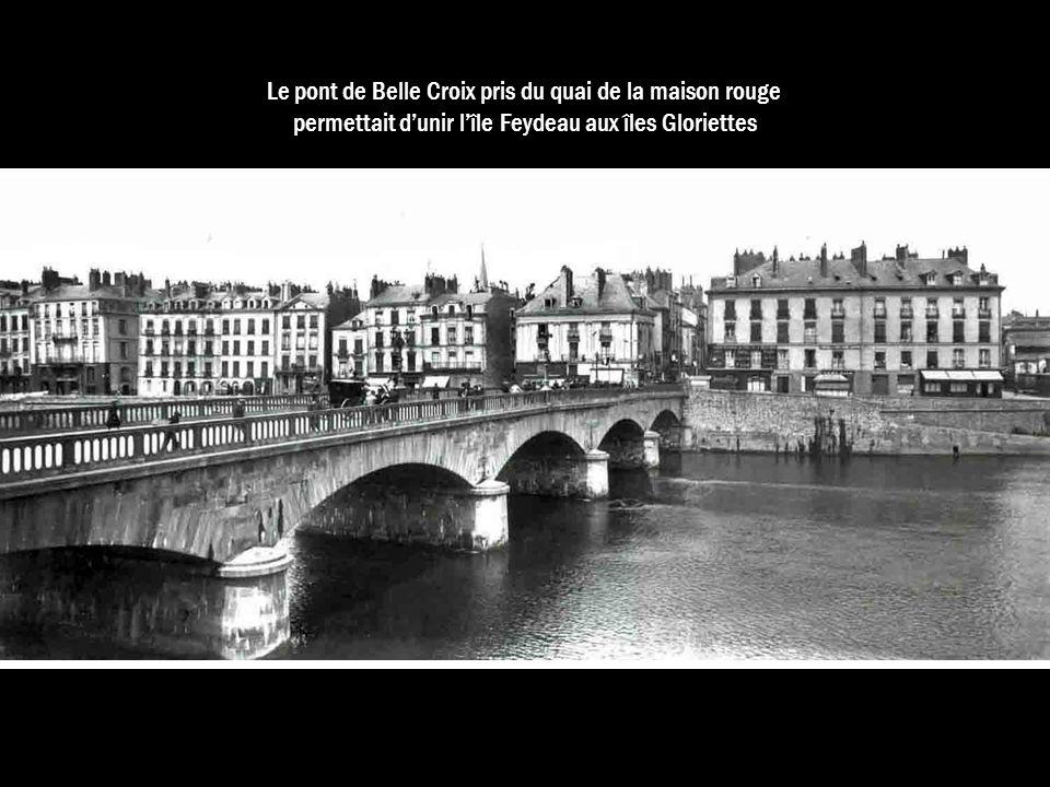 Le pont de Belle Croix pris du quai de la maison rouge