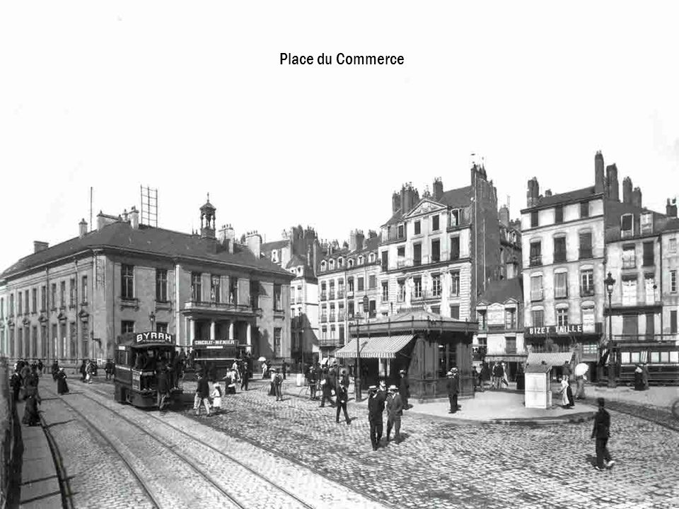 Place du Commerce