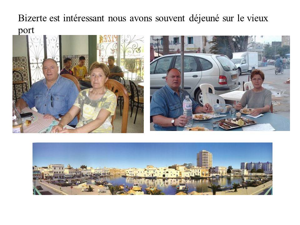 Bizerte est intéressant nous avons souvent déjeuné sur le vieux port