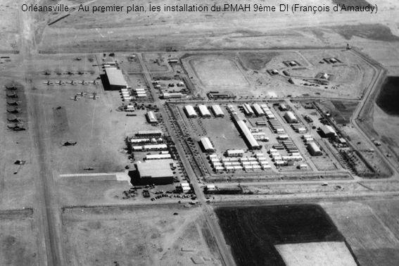 Orléansville - Au premier plan, les installation du PMAH 9ème DI (François d'Arnaudy)