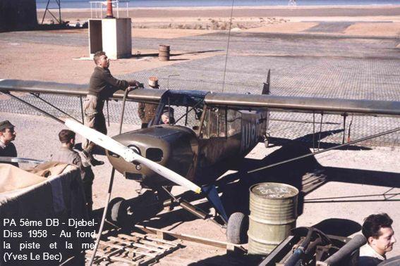 PA 5ème DB - Djebel-Diss 1958 - Au fond, la piste et la mer (Yves Le Bec)
