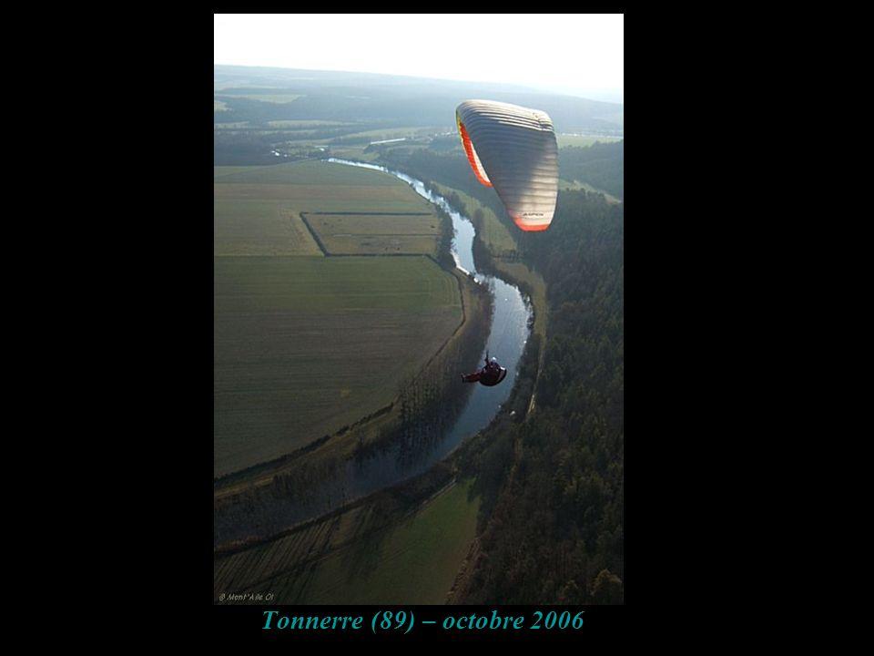 Tonnerre (89) – octobre 2006