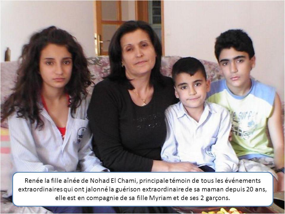 Renée la fille aînée de Nohad El Chami, principale témoin de tous les événements extraordinaires qui ont jalonné la guérison extraordinaire de sa maman depuis 20 ans, elle est en compagnie de sa fille Myriam et de ses 2 garçons.