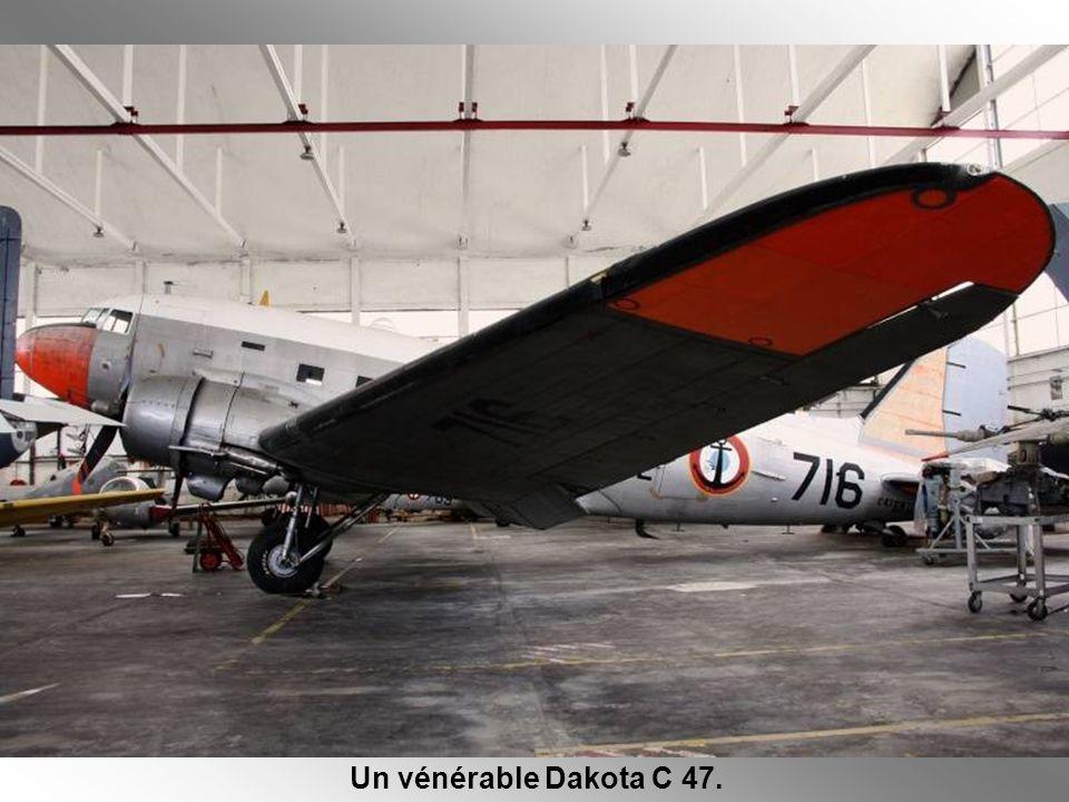Un vénérable Dakota C 47.