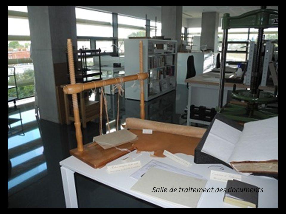Salle de traitement des documents