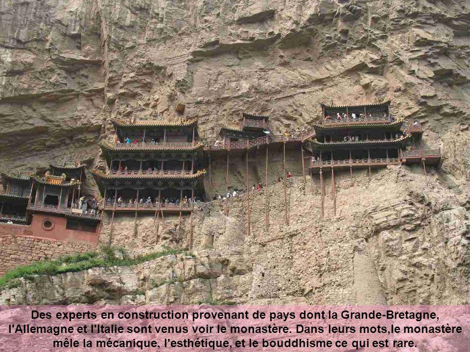 Des experts en construction provenant de pays dont la Grande-Bretagne, l Allemagne et l Italie sont venus voir le monastère.
