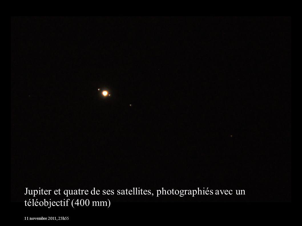 Jupiter et quatre de ses satellites, photographiés avec un téléobjectif (400 mm)