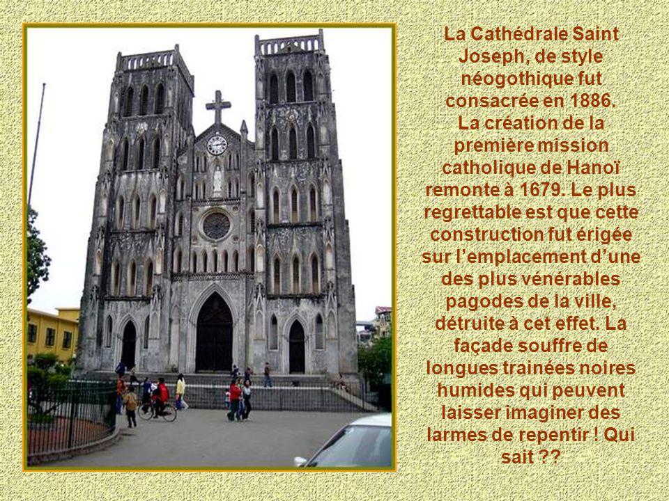 La Cathédrale Saint Joseph, de style néogothique fut consacrée en 1886.
