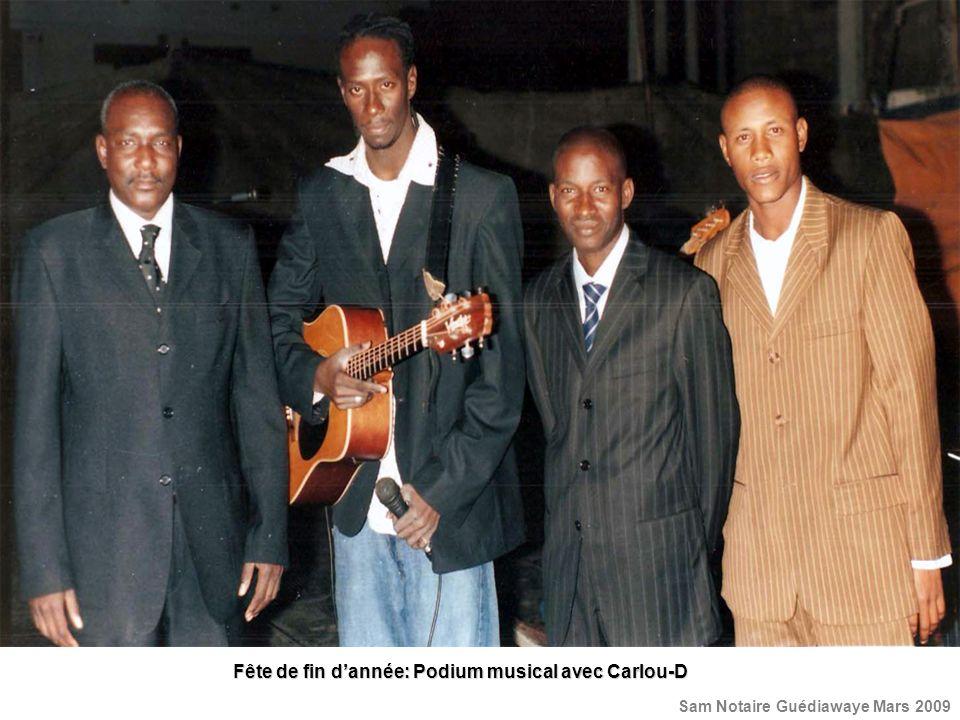 Fête de fin d'année: Podium musical avec Carlou-D