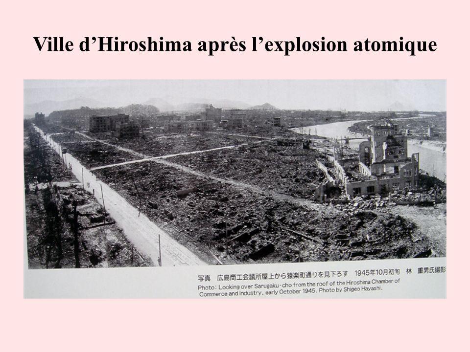 Ville d'Hiroshima après l'explosion atomique